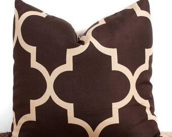SALE ENDS SOON Brown Quatrefoil Designer Pillowcase Cover, Brown Throw Pillow, Patterned Pillow Cases, 12 x 18