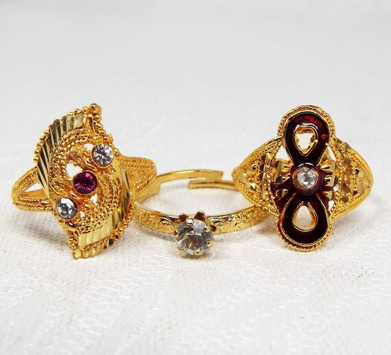 Vintage / Set of 3 Gold Tone Indian Gold Style Cocktail Rings / Size N Destash
