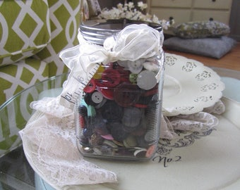 Vintage Buttons - Jar of Buttons - Vintage Button Supply