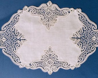 Doily lace