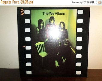Save 30% Today Vintage 1971 Vinyl LP Record The Yes Album Atlantic Records Near Mint Condition 7996