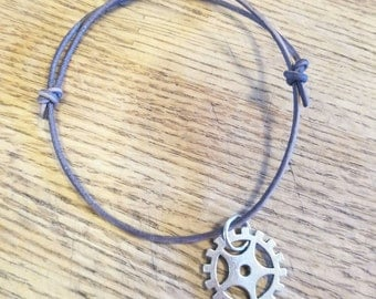 The 100- Lexa headpeace leather slide bracelet- Commander Lexa