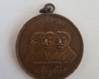 Antique medallion Commemoration of Louisiana Purchase Exposition 1803-1904, Compliments of Huyler's, Whitehead and Hoag