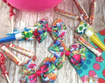 Trolls Bows~ trolls birthday party favors, trolls party favor bows, trolls hairbows, trolls hair bows
