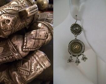 Antieke oorbellen verguld zilver India, Rajasthan