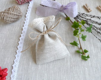 Lace favor bags 40. Small gift bags. Natural linen bags. Lace bags. Burlap mini bags