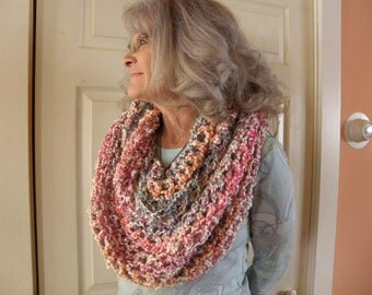 finger crocheted infinity scarf
