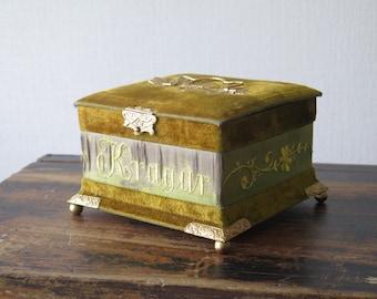 Vintage Treasury Box Velour Box with Lid and Closure Jewelry Storage Box @207
