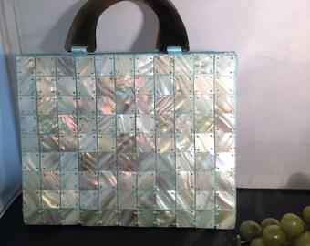 Q012 Blue shell purse