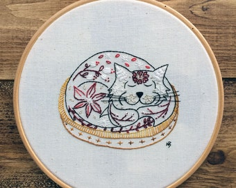 Red cat embroidery pattern, pdf, cat embroidery design, cat embroidery pattern, hand embroidery, cat hoop art, cat contemporary embroidery