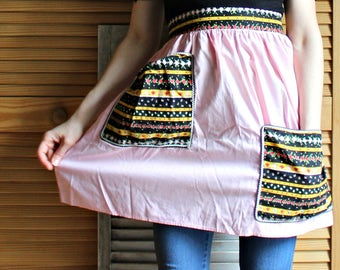 Vintage! Handmade apron! Pink. Fiesta style.