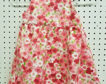 Gorgeous floral print on tie-top dress with gathered skirt