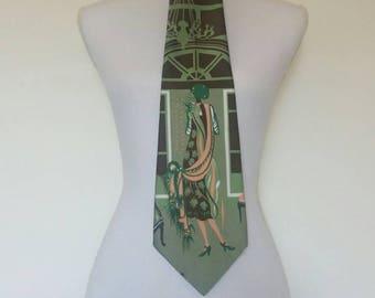 Vintage 1970s wide tie novelty print green brown