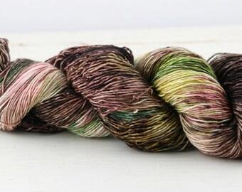 Hand dyed yarn,  100% superwash merino, single ply, high twist fingering, 400 yards, Bird Tracks #30