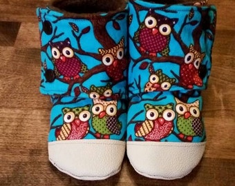 Baby/toddler owl non-slip, stay on booties