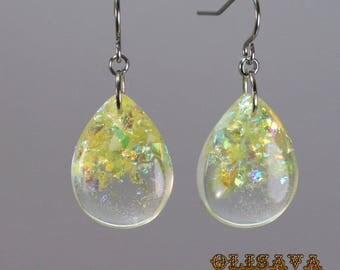 SALE...Small  Resin  teardrop  glitter earrings  ,  Resin Jewelry , Resin glitter Jewelry , resin earrings