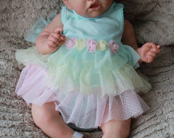 Beautiful Reborn baby doll 22 inches long from the Saskia sculpt by Bonnie Brown. Ready to ship