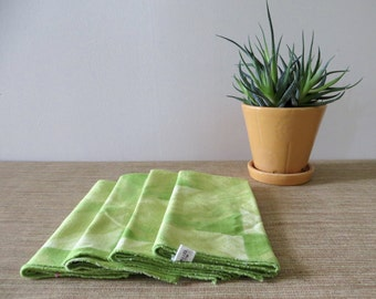 Vintage Vera Napkins - Set of 4 - Lime Green Geometric Print