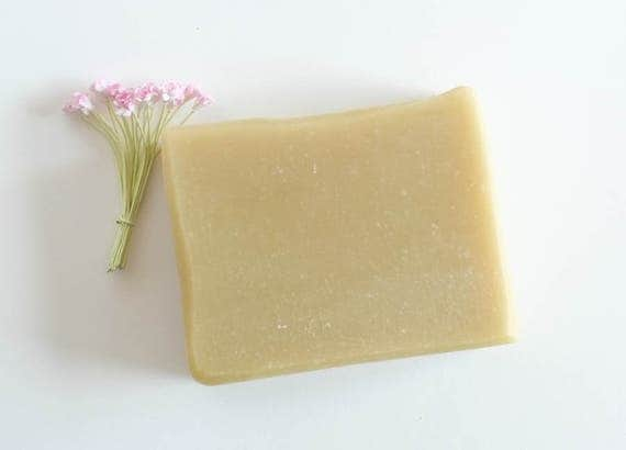 HOMBRE | 5oz | Bubbly Bath Bar | DUDE'S BLEND of Cedar Wood, Orange, and Clove Essential Oils
