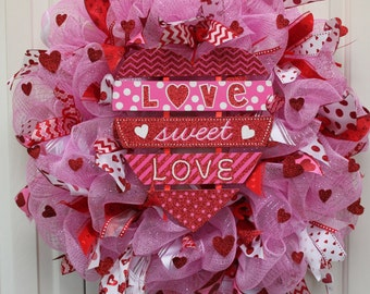 Deco Mesh Valentine's Day Wreath. Love Sweet Love Valentine Decoration.Valentine heart Wreath.Valentine's Day Decoration.Pink, red and white