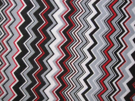 Breastfeeding/Tummy Time/All ages/Waterproof Bed Pads - Chevron, Gray, White, Black, Red