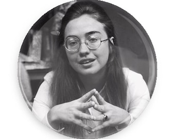 Young Hillary Clinton Pin Back Button