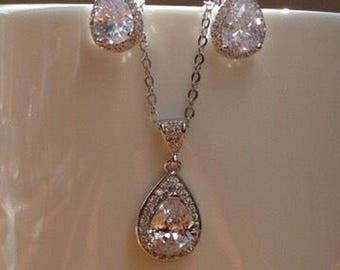 White gold pear-cut cubic zirconia earrings and necklace jewellery set