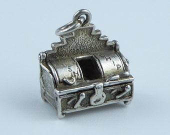 Silver bracelet charm - Chip shop fryer