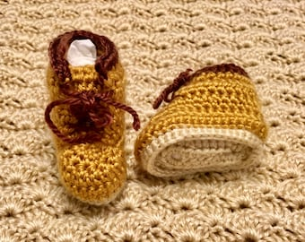 Construction-boot baby booties Crocheted