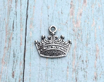 Bulk 25 Crown charms (1 sided) antique silver tone - silver crown pendants, pageant charms, fairy tale charms, princess charms, PP10