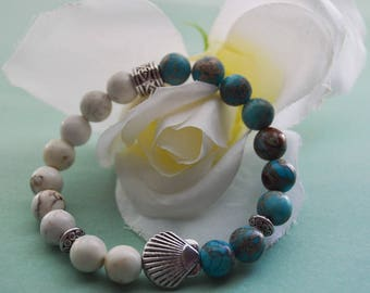 Aqua and white seashell bracelet