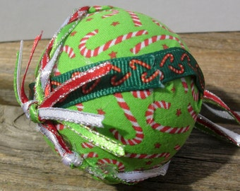 Fabric covered glass ornament EBC0010