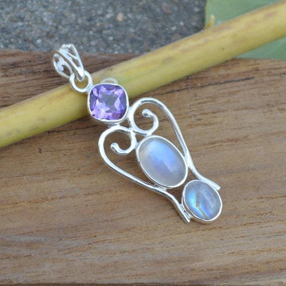 Blue Rainbow Moonstone Pendant Bezel set in Fine Silver, Semi Precious Gemstone Jewelry, Amethyst Pandant, AAA Blue Flash Moonstone Pendant