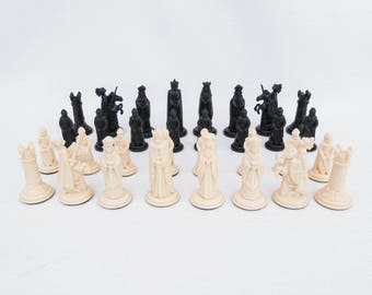 "Vintage Chess Pieces - ""Crescent"" Medieval Chessmen - No 18 - Retro Board Game - Childhood Nostalgia - Made in England - Vintage Chess Set"