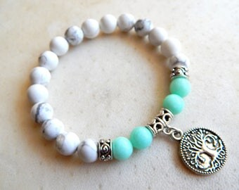 Bracelet natural stones in color blue / light green / white and silver, ethnic style