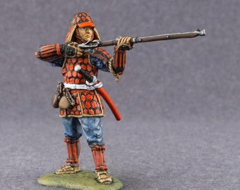 Antique Toy Soldiers Ashigaru with Mounted Arquebuse 1/32 Scale Hand Painted Sculptures 54mm Tin Miniature Collection