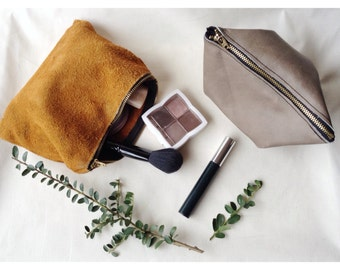 Leather Make up Bag with gold Zipper