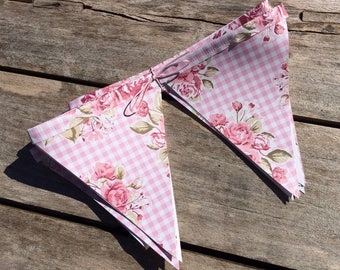 Garden Bunting, Oilcloth Bunting, Gingham Bunting, Floral Bunting, Outdoor Bunting, Garden Decoration, Playhouse Decoration