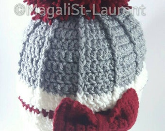Pretty pompom beanie big red loop for woman