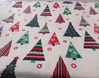 Fat quarters, Christmas trees, Holidays,  cotton fabric, quilting fabric, sewing projects, quilt making,  fabric by the metre, print fabric