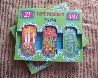 FREE SHIPPING!!! Vintage 1960s or 1970s Christmas Gift Tags / Gift Folders Holiday New in Package
