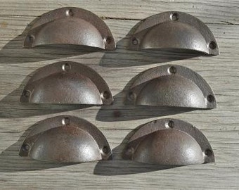 A set of 6 simple industrial style cast iron drawer pulls AL6