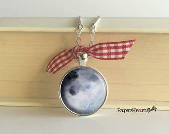 Blue Moon Necklace - Watercolor Moon - Moon - Pendant - Moon Charm - (B6664)