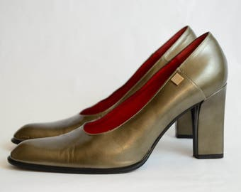 "Vintage / CELINE Paris Bronze Leather Pumps / 3.5"" Heels  / EURO Size 38.5 / US Size 8"