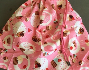Cupcakes on Pink library bag, swimming bag, etc 37