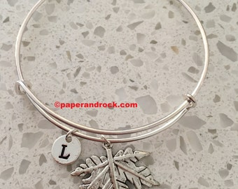 Maple leaf initial bangle, maple leaf jewelry, Canadian jewelry, leaf bracelet, Canada bangle, maple leaf bracelet, forest jewlery