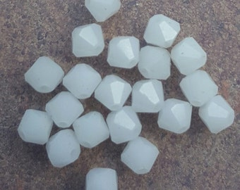 Swarovski 4mm Bicone Faceted Crystal Beads - WHITE ALABASTER x 20 Beads