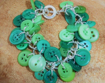 Handcrafted Beautiful Emerald Isle Button Charm Bracelet