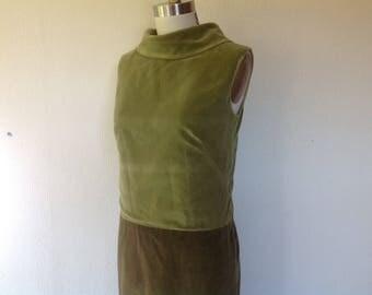 1960s Green velveteen shift dress