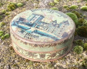 French vintage bonbon tin / box / container from Pau